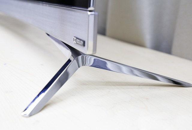 飞利浦65POD901C/T3高清图赏 曲面OLED+流光溢彩